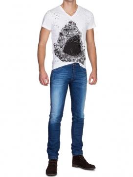 produktfotografie-model-jeans_10
