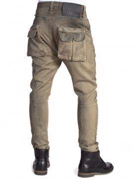 produktfotografie-model-jeans_5