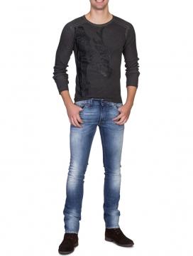 produktfotografie-model-jeans_9